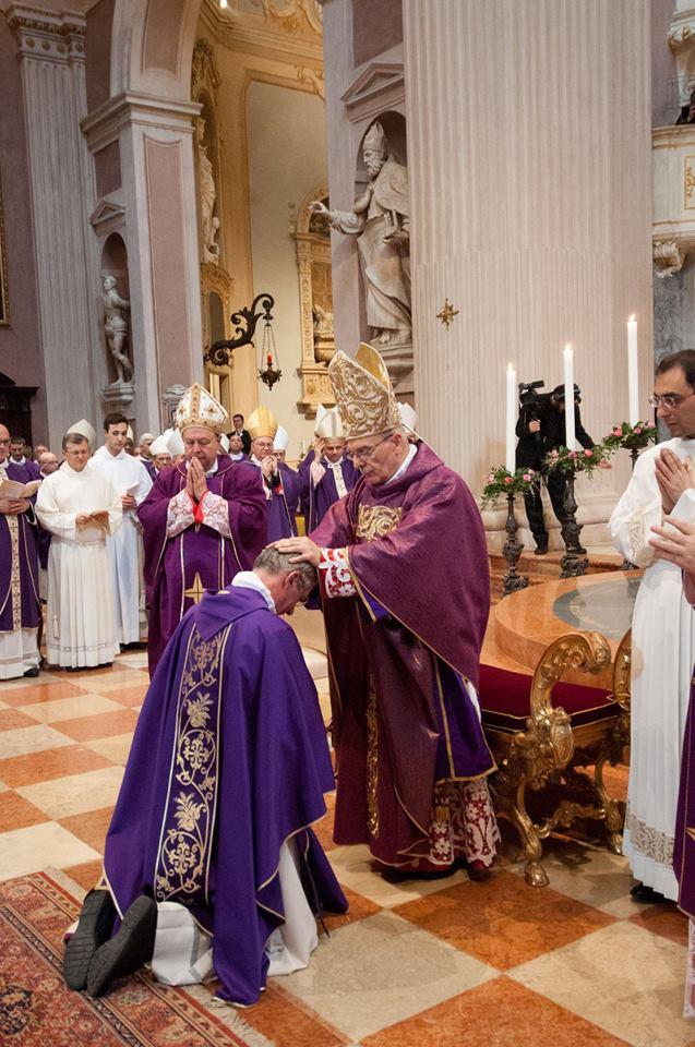 ordinazione vescovo daniele 2